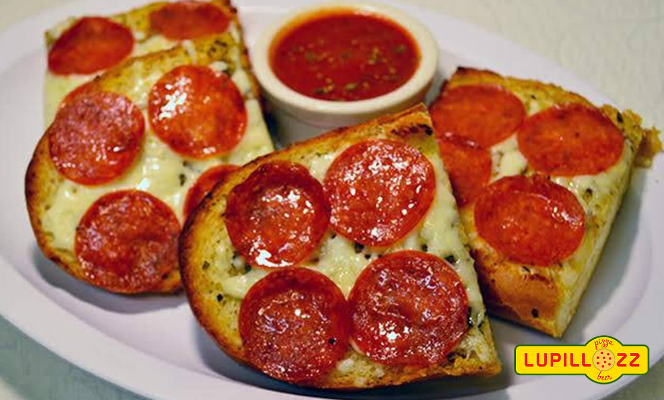 Garlic-Bread-With-Pepperoni